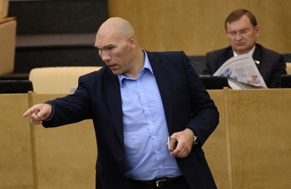 Боксер Пирог стал депутатом Государственной думы