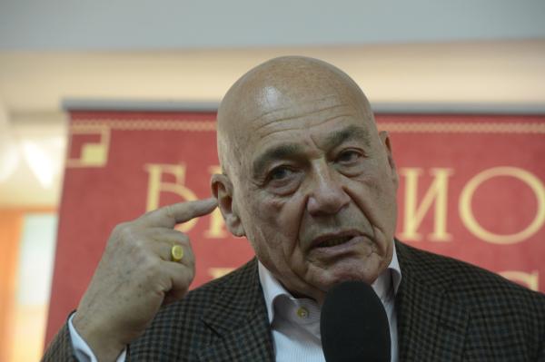 Владимир Познер пояснил, почему покинул прямой эфир канала «Аль-Джазира»