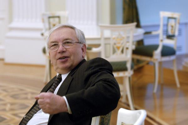 Владимир Лукин переизбран главой Паралимпийского комитета Российской Федерации