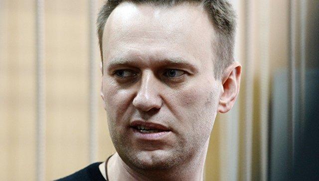 Прохоров отсудил уНавального один руб. моральной компенсации