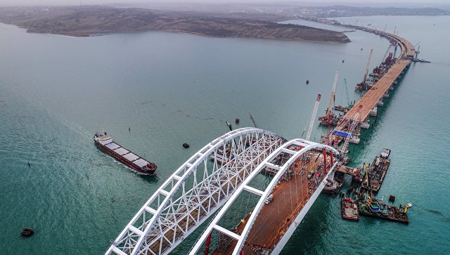 Украинские радикалы угрожают терактами вдень открытия Крымского моста