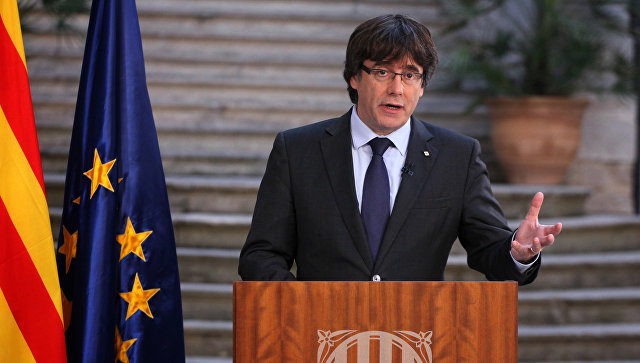 Экс-глава Каталонии добровольно сдался милиции