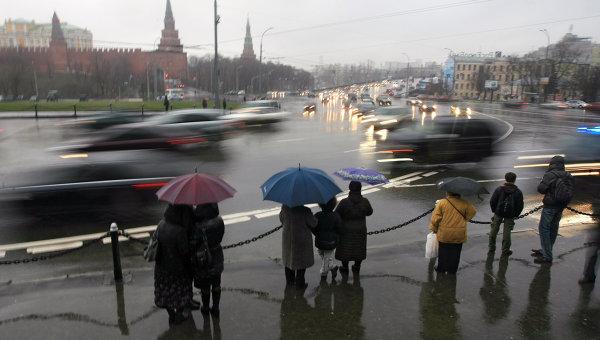 Снег в столице России растаял надве недели доэтого обычного