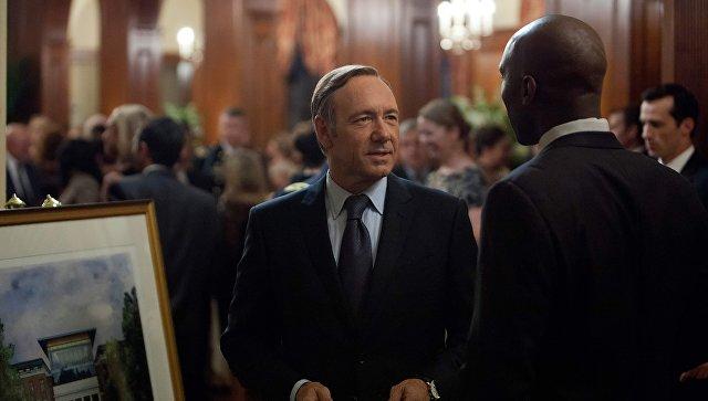 Netflix уберет персонажа Кевина Спейси из сериала Карточный домик