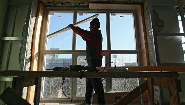 Путин поручил проконтролировать реализацию программы полноценного ремонта домов