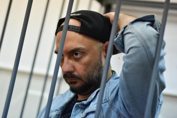 Серебренникова отпустили напохороны матери вРостов-на-Дону