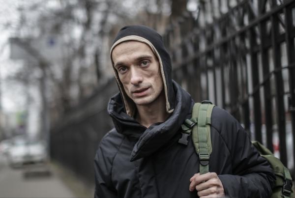 Французские власти обвинили Павленского вумышленном поджоге