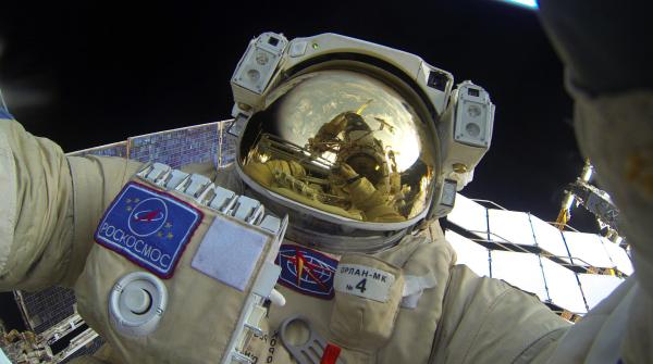 Источник сказал ожелании еще нескольких человек покинуть отряд космонавтов