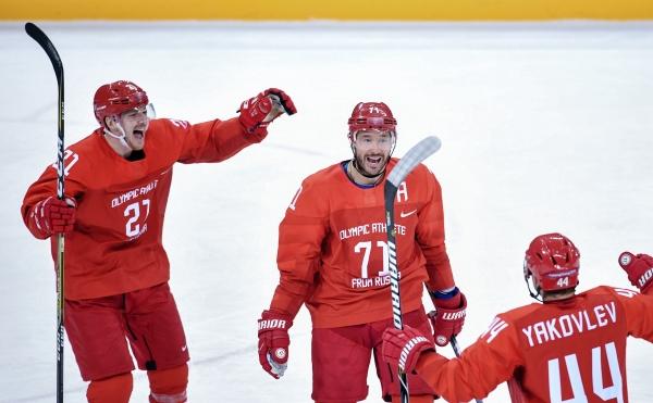 Хоккей. жители России победили команду США инапрямую вышли вчетвертьфинал Игр