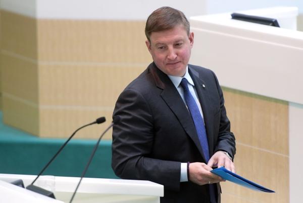 Экс-губернатор Псковской области избран вице-спикером Совфеда