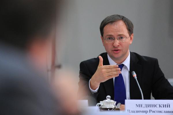 Решение оназначении худрука «Табакерки» будет принято после 23апреля— В.Мединский