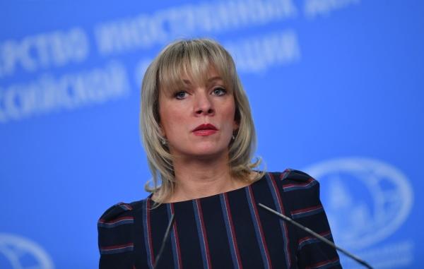 Захарова пошутила, что зарусофобскими обвинениями США стоят американские комики