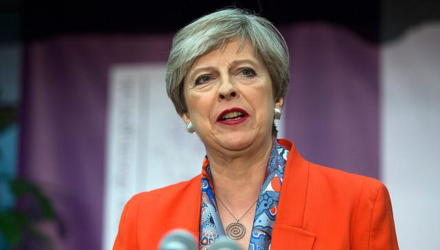 74 процента британцев недовольны работой Терезы Мэй напосту премьера