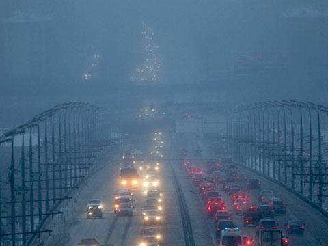 ВМЧС предупредили осильном тумане в столице России