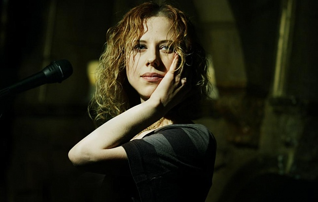 Юта выпустит новый альбом про маму ипапу вконце осени