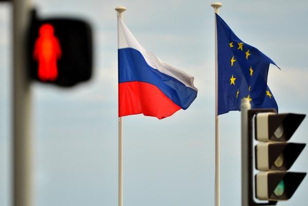 МИД Украины рассыпался вблагодарностях кЕС запродление санкций противРФ