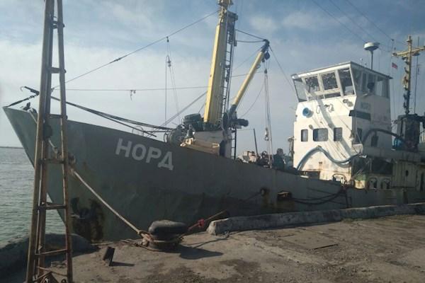 Капитан крымского судна «Норд» прибыл надопрос вСБУ