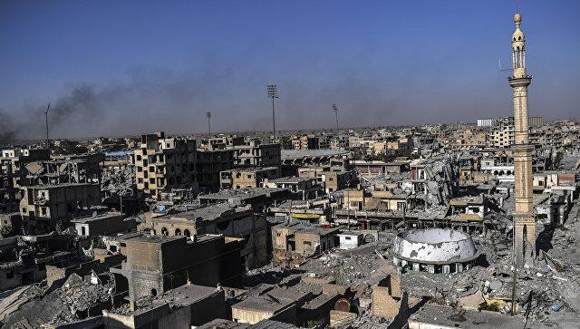 Неподалеку от Ракки отыскали массовое захоронение людей