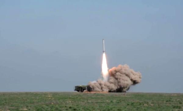 Военные эксперты - НАТО: Ни хрена у нас нет, кроме ядерной бомбы!