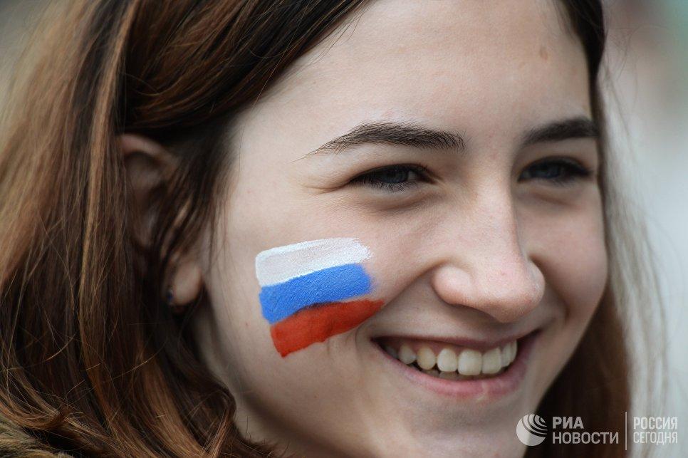 День России в Крыму: бал в Севастополе и вручение паспортов