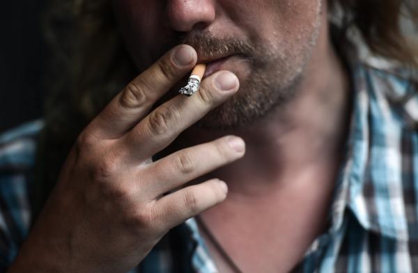 Пойманным впоездах курильщикам перестанут торговать билеты