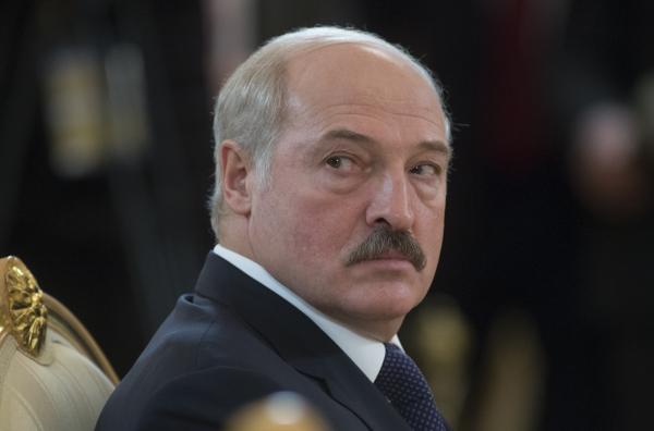 Кремль одобрил снятие санкций спрезидента республики Белоруссии Лукашенко