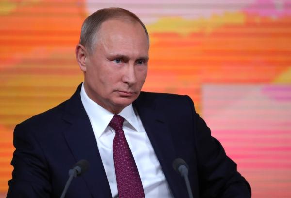 Рекордное количество корреспондентов аккредитовано набольшую пресс-конференцию В. Путина