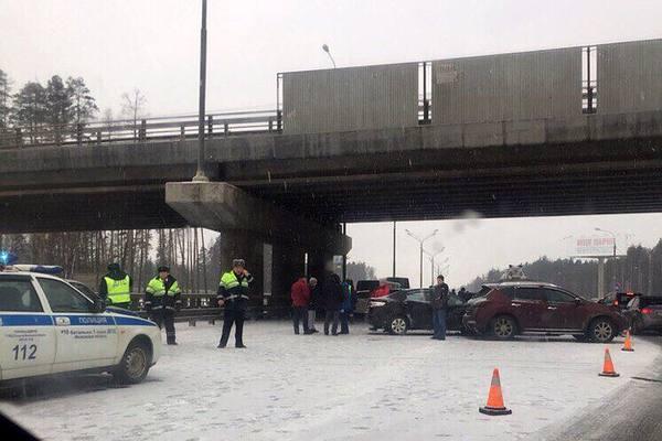 Авария наМКАД: один человек умер, четверо пострадали