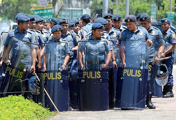 Филиппинцы протестуют против визита Трампа
