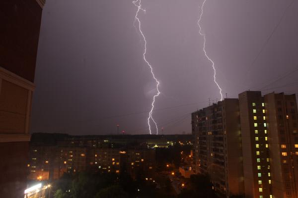 МЧС предупредило граждан столицы осильном дожде ишквалистом ветре