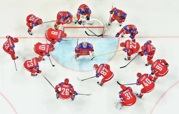 Хоккеисты Кузнецов иОрлов прибыли врасположение сборной РФ