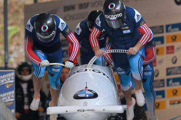 Экипаж Касьянова стал первым наэтапе Кубка мира побобслею вКанаде