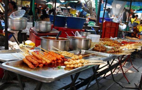ВТаиланде запретили уличную еду