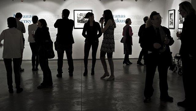 Флешмоб #безстеснения вподдержку выставки «Без смущения» начался в социальных сетях
