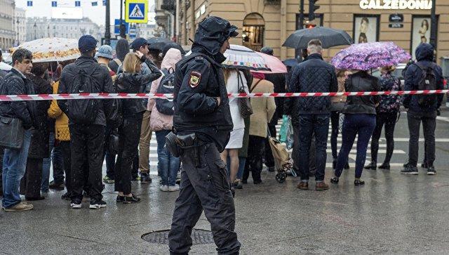 Милиция проверяет информацию оминировании трёхТЦ в столицеРФ