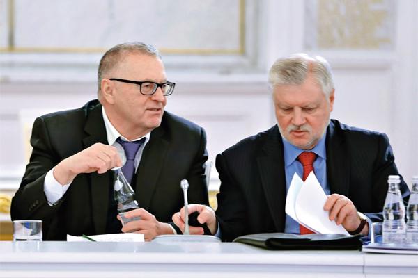 «Справедливая Россия» желает объединиться сКПРФ