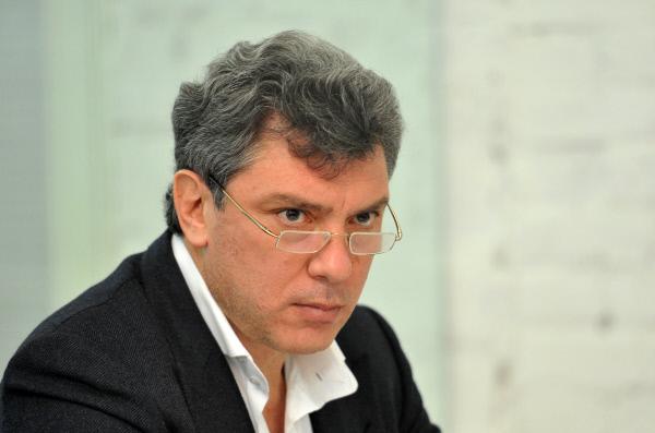 Названа дата переименования площади упосольстваРФ вВашингтоне вчесть Немцова