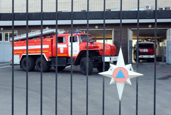 ВПетербурге зажегся склад спиротехникой