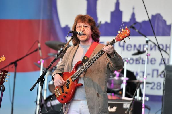 Александр Кутиков и группа «Нюанс» побывали в гостях программы «Вторая смена» на «Нашем радио»