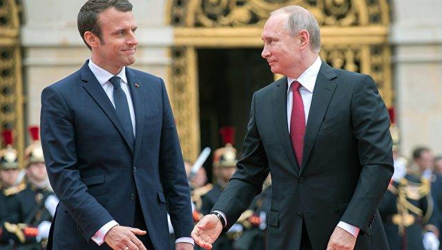 Санкции непомогут решить кризис вДонбассе— Путин