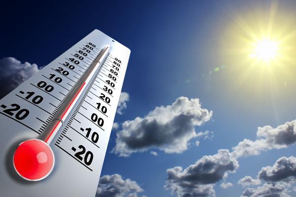МЧС предупредило жителей столицы обаномальной 30-градусной жаре спятницы