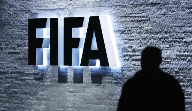 Шесть арабских стран потребовали отФИФА перенести ЧМ-2022 изКатара