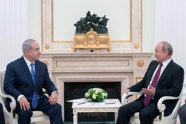 Путин провел телефонный разговор спремьер-министром Израиля Нетаньяху