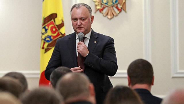 Президента Молдавии снова временно отстранили отдолжности