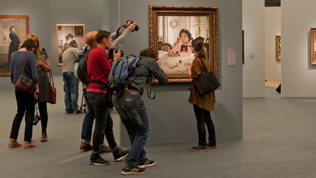 Выставка Валентина Серова в Третьяковской галерее. Фото с сайта Artguide.com.