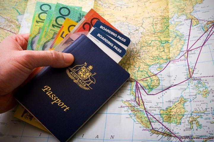 действия валюта в австралии что взять с собой Питере