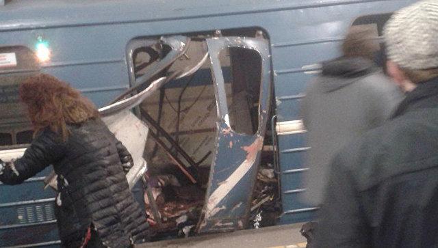 Братья Азимовы, подозреваемые ворганизации теракта вПетербурге, лишены гражданства РФ