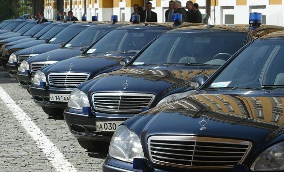 Mercedes хочет отозвать неменее млн авто повсей планете